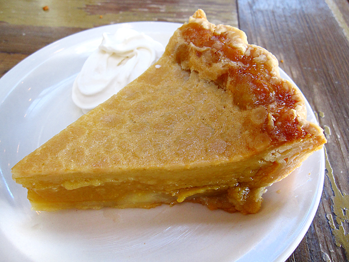 Sweet Tea Pie from Lucy's Fried Chicken, © MIke Sutter / Fed Man Walking